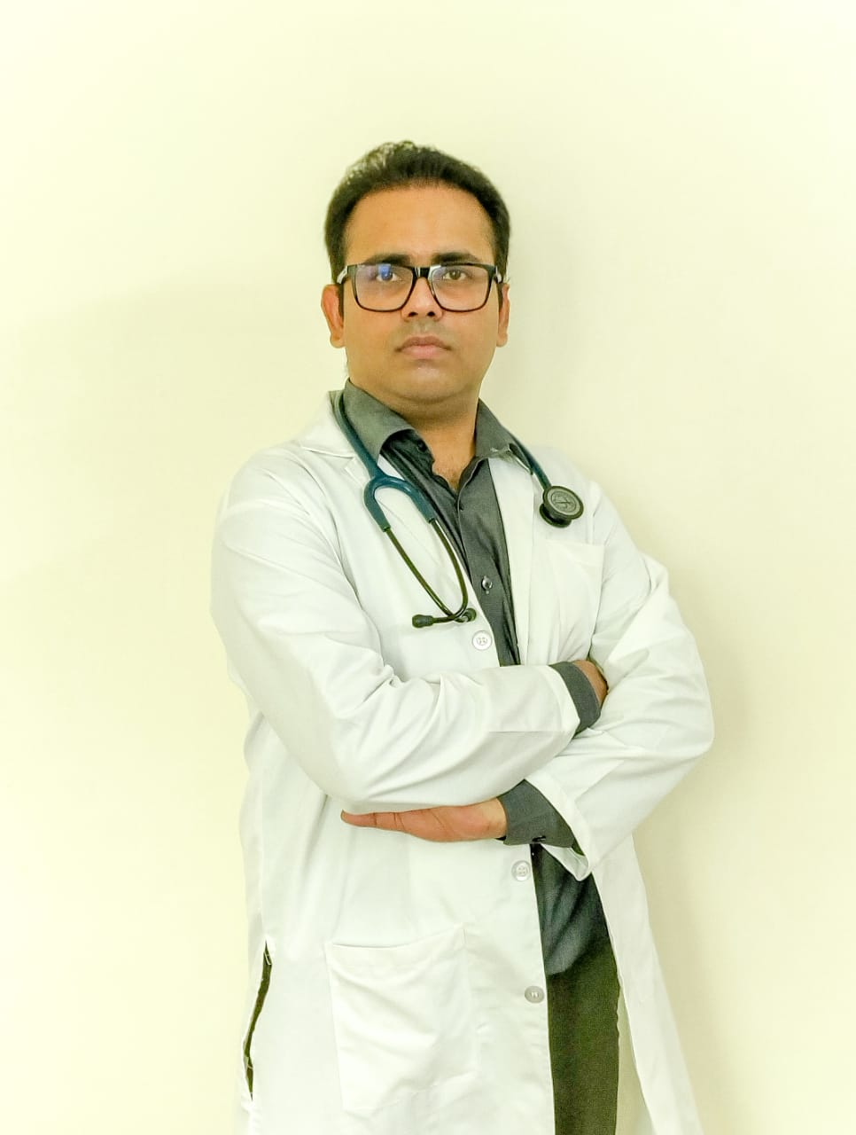 Dr.Naveen Pandey Child Specialist
